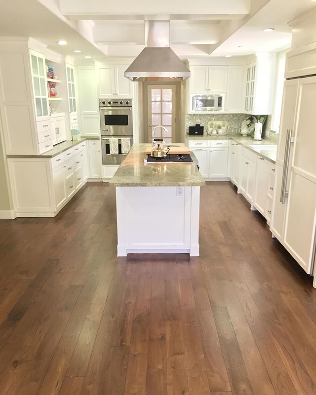 Hardwood Floor Refinishing in Calabasas